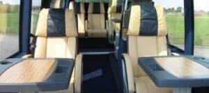 Interieur VIP luxe zakelijke bus